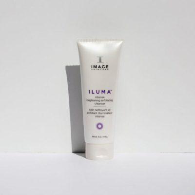 ILUMA-INTENSE-BRIGHTENING-EXFOLIATING-CLEANSER-R01_600x