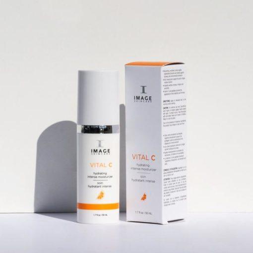 vital-c-intense-moisturizer-with-box_600x